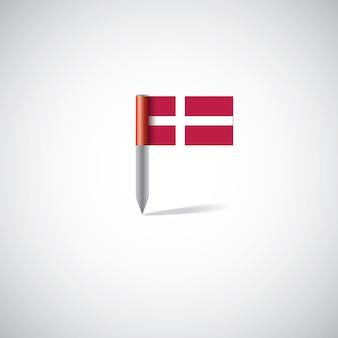 Perno della bandiera della danimarca, isolato su sfondo bianco