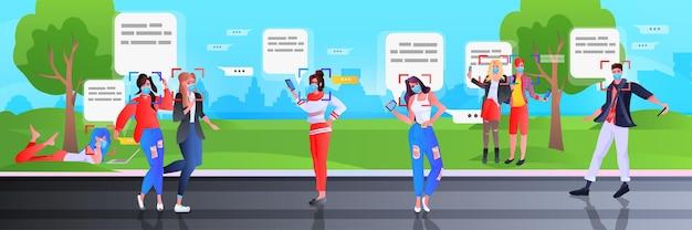 Rilevamento e identificazione di persone in maschera utilizzando l'app di chat mobile nel sistema di riconoscimento facciale del parco ai analizza il concetto di big data orizzontale illustrazione integrale