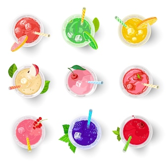 Diversi tipi di bevande analcoliche multicolori ai frutti di bosco e alla frutta