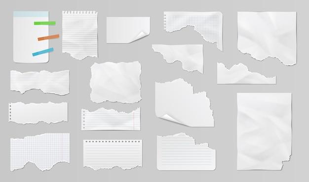 Fogli di carta diversi, strisce strappate, appunti e appunti. ritagli di carta realistici con bordi strappati
