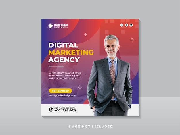 Banner o volantino quadrato per social media marketing aziendale digitale