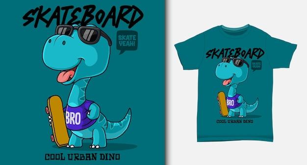 Dinosauro che trasporta uno skateboard. con design t-shirt.