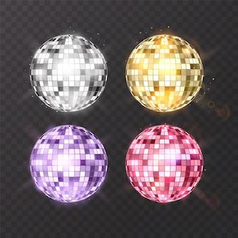 Palla da discoteca su sfondo isolato. elemento luminoso per feste notturne. design luminoso a sfera a specchio per discoteca.
