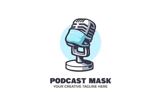 Modello di logo del personaggio della mascotte del podcast di doctor healthcare