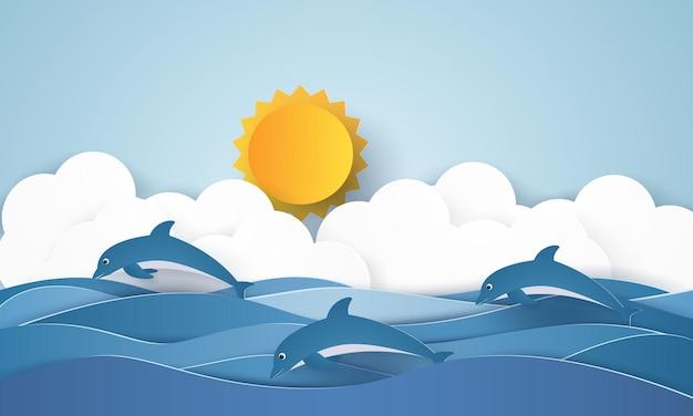 Delfini che nuotano nell'acqua e nel sole splendente e nel paesaggio di nuvole in stile art paper