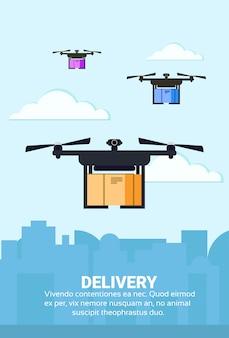 La spedizione del pacchetto aereo di consegna di volo del drone trasporta il paesaggio urbano di quadrocopter