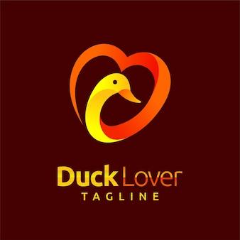 Logo degli amanti dell'anatra con il concetto di amore
