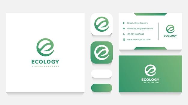 Modello e biglietto da visita con logo e lettera e e foglia verde