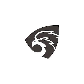 Eagle falcon head silhouette e scudo illustrazione logo design