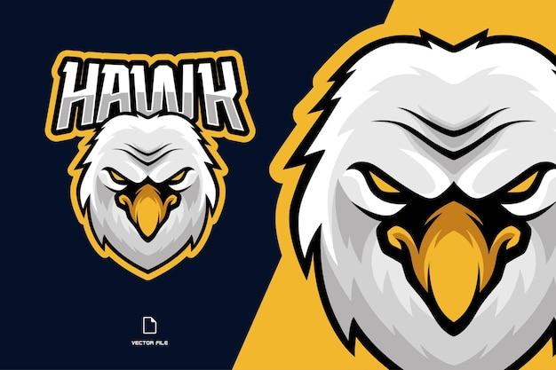 Fumetto dell'illustrazione del logo dell'esport della mascotte del falco dell'aquila