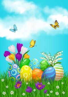 Le uova di pasqua cacciano sul campo con fiori e farfalle