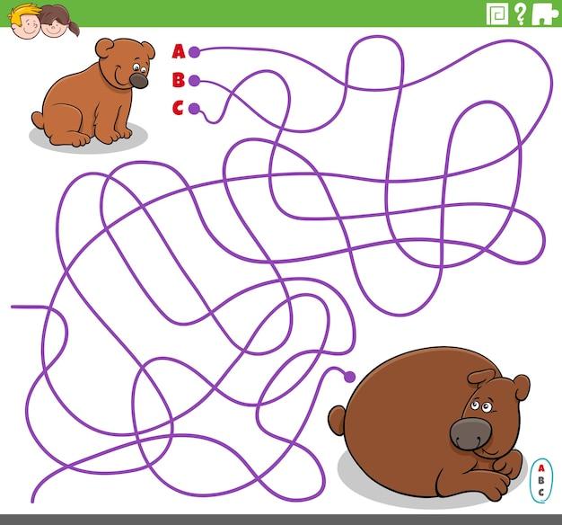 Gioco di labirinto educativo con orso bambino cartone animato e sua madre
