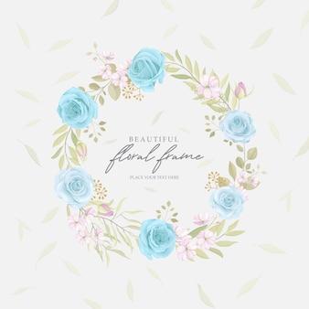 Elegante cornice floreale con rose in fiore design