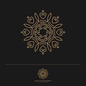 Modello di logo di fotografia di lusso elegante. Vettore Premium