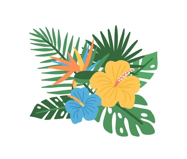 Elegante composizione naturale con fioritura di fiori tropicali e foglie di palma esotiche isolate su bianco, elemento decorativo floreale