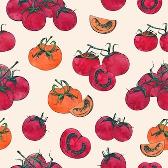 Elegante seamless con pomodori rossi interi e affettati su sfondo chiaro. sfondo con verdure organiche naturali disegnate a mano. illustrazione per stampa su tessuto, carta da imballaggio, carta da parati.