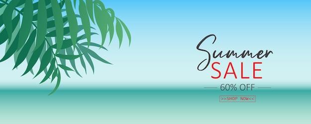 Design elegante per banner di saldi estivi con tema tropicale