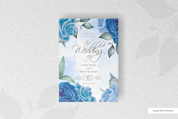 Carta di invito matrimonio acquerello elegante con fiori blu e foglie