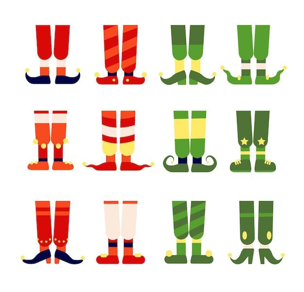 Piedi e gambe da elfo. calza degli elfi di babbo natale in scarpe stivali. simpatico leprechaun o piede nano, illustrazione vettoriale magico divertente di natale piatto. scarpe da elfo natalizie, calzini decorati a righe