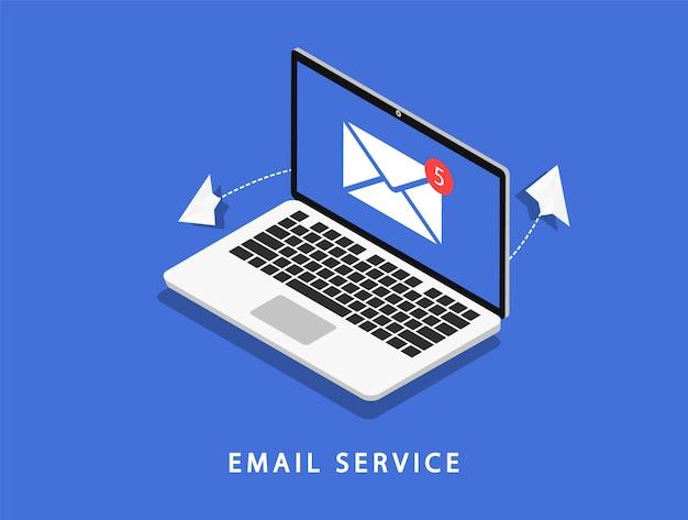 Servizio di posta elettronica. computer portatile con posta. marketing via email.