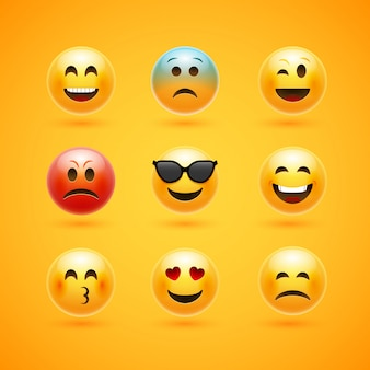 Icona di emoticon faccia sorriso. personaggio dei cartoni animati di emozione felice emozione espressione