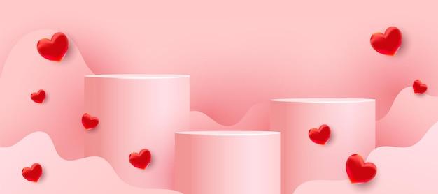 Podi vuoti, piedistalli o piattaforme con forme ondulate tagliate in carta e palloncini rossi dell'amore su uno sfondo rosa. scena minimale con forme geometriche per la presentazione del prodotto