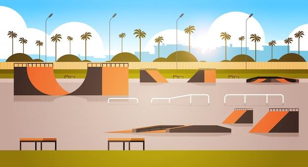 Svuoti il parco pubblico del bordo del pattino con le varie rampe per orizzontale piano del fondo di paesaggio urbano di skateboard