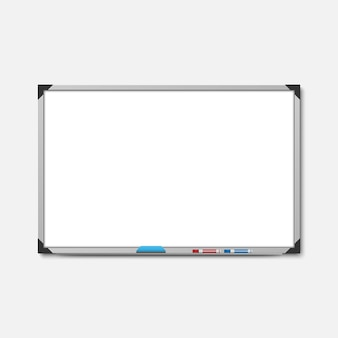 Bordo pennarello bianco vuoto su sfondo bianco