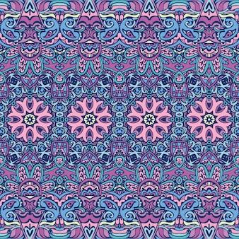 Modello festivo tribale etnico per tessuto. ornamentale senza cuciture variopinto geometrico astratto. design messicano