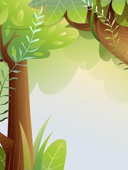 Fondo della foresta di fata con lo spazio della copia lussureggiante bosco verde estivo con tronchi di alberi e ramoscelli