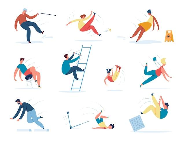 Le persone che cadono, i bambini e i personaggi anziani inciampano o cadono. uomini e donne che scivolano sul pavimento bagnato, inciampando su un insieme di pietre vettoriali. bambini che hanno incidenti o scooter, pattinatori a rotelle