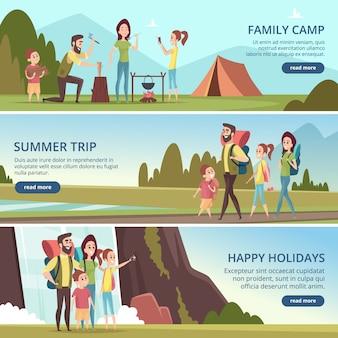 Banner per escursioni in famiglia. bambini con i genitori che esplorano i caratteri di vettore di camminata della montagna degli esploratori all'aperto