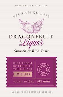 Etichetta alcolica del liquore alla frutta del drago di ricetta della famiglia. layout di imballaggio astratto.