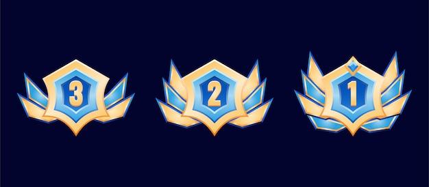 Medaglia del distintivo del grado di diamante dorato dell'interfaccia utente del gioco fantasy con le ali per gli elementi delle risorse gui