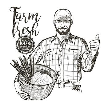 Agricoltore in berretto con un cesto pieno di verdure fresche pomodori ed erbe aromatiche