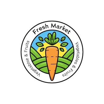 Icona del distintivo del logo del mercato fresco dell'agricoltore in forma rotonda con l'illustrazione della carota