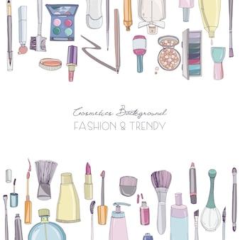 Fondo quadrato di cosmetici di moda con oggetti di make up artist. illustrazione disegnata a mano con posto per il testo.