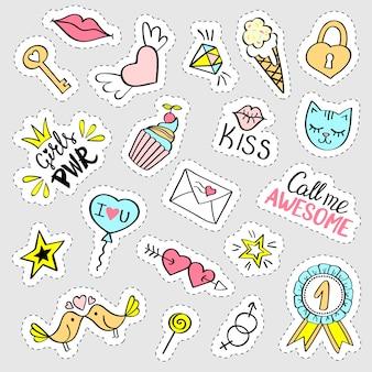 Set di adesivi girly moda. collezione di perni di doodle fantasia disegnata a mano, distintivi. illustrazione alla moda.
