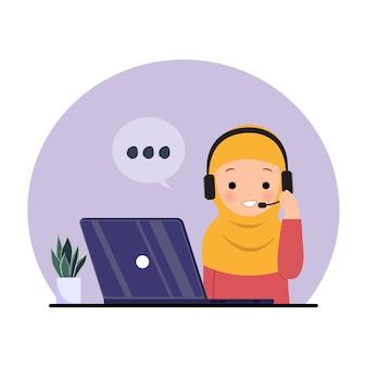 Dipendente femminile che utilizza la cuffia per rispondere alla chiamata. hijab donna al lavoro. clipart del centro di supporto hotline. illustrazione su bianco.