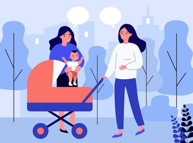 Amici femminili che camminano con il bambino nel passeggino e in chat. nuova mamma nel parco con carrozzina. illustrazione vettoriale piatto