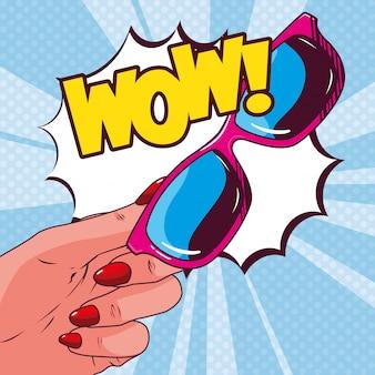 Occhiali da sole femminili in stile pop art