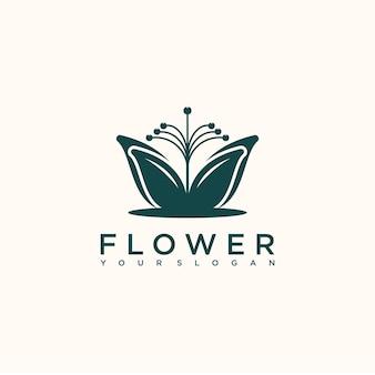 Logo floreale di lusso femminile, spa, salone, natura, boutique, matrimonio, negozio di fiori e altro
