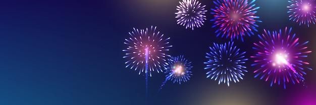 Fuochi d'artificio di colore festivo