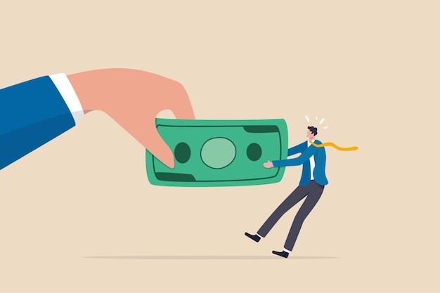 Lotta per soldi, governo che chiede il pagamento delle tasse, quota di mercato delle entrate dell'azienda, problema finanziario, concetto di pagamento del debito o delle bollette, grande mano che tira il tiro alla fune di banconote di denaro con un piccolo imprenditore.