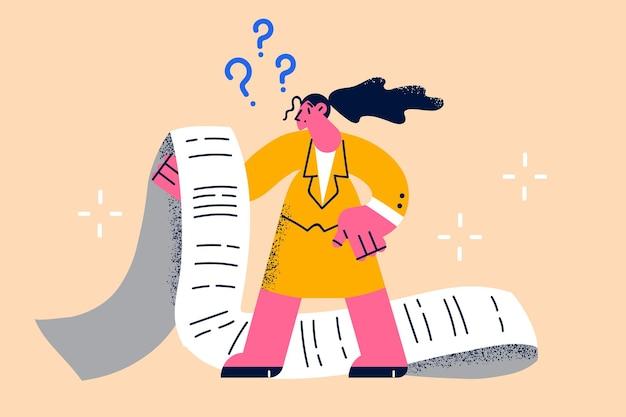 Crollo finanziario e concetto di bancarotta. personaggio dei cartoni animati di giovane donna frustrata in piedi guardando una lunga fattura di carta sentendosi frustrata illustrazione vettoriale