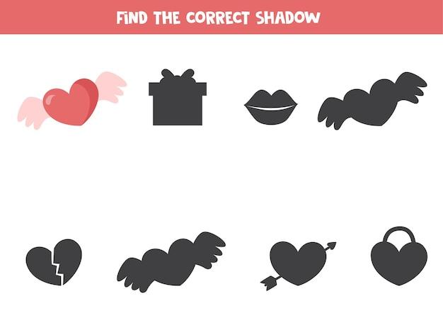 Trova l'ombra del cuore di san valentino con le ali gioco logico per bambini