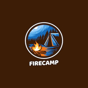 Fire camp all'aperto tende notte