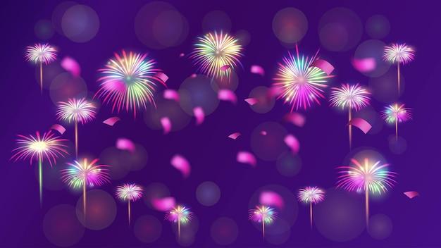 Fuochi d'artificio su sfondo viola bokeh per la celebrazione del felice anno nuovo