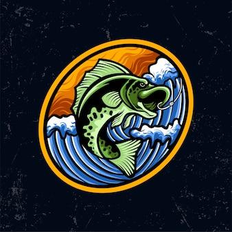 Illustrazione della mascotte del pesce verde di pesca con l'oceano blu dell'onda