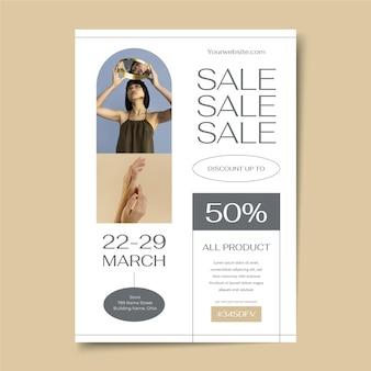Modello di manifesto di vendita piatto con foto